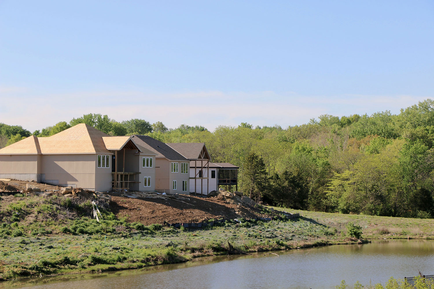 Kenneth-Estates-thecottagess-underconstruction-view